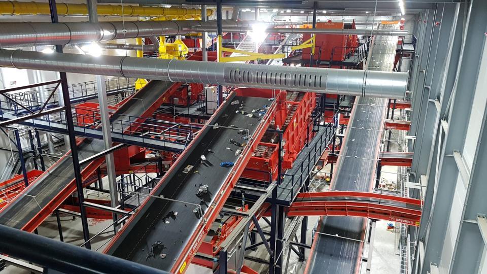 AEB sorteert plastics na