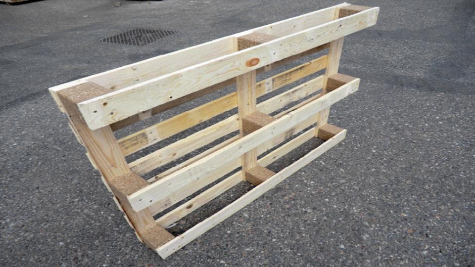 Pallets van Lapack Trade & Recycling uit oud en nieuw hout