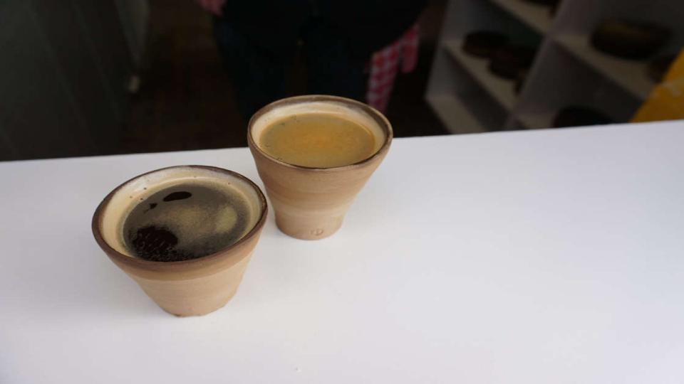 Dit koffiebekertje mag je in de rivier gooien: 'Hergebruiken is beter'